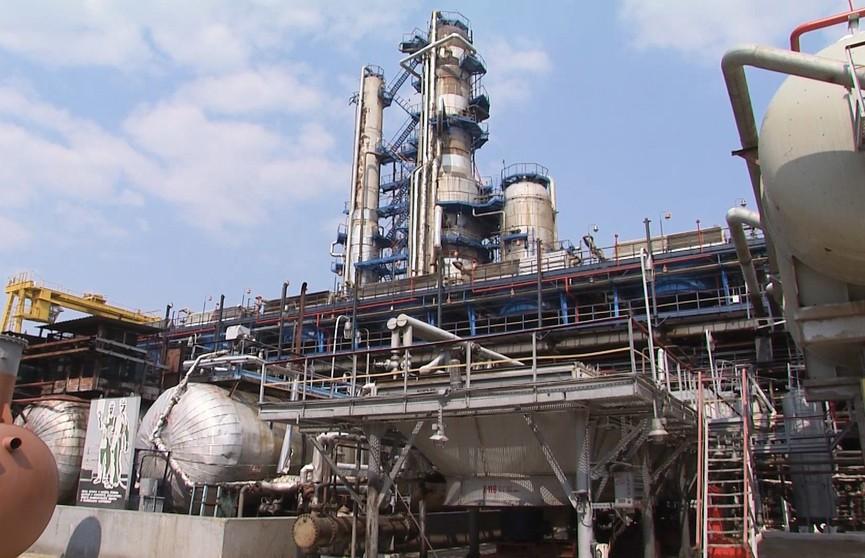«Белнефтехим»: экспорт белорусской нефти возобновится в конце июня