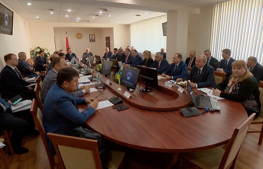 Четырёхсторонние переговоры по урегулированию ситуации с некачественной российской нефтью проходят в Минске