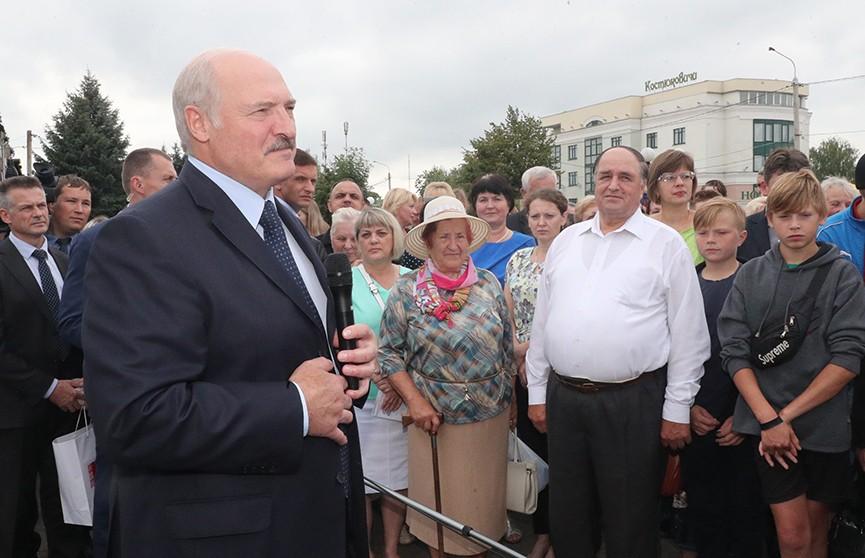 Лукашенко о юго-востоке Могилевщины: «Пришло время получить отдачу от этих районов». Подробности поездки Президента в Костюковичский район