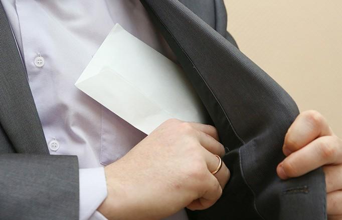 Лукашенко о недопустимости зарплат в конвертах: как только поймаем, считайте, что вы перестали быть бизнесменами