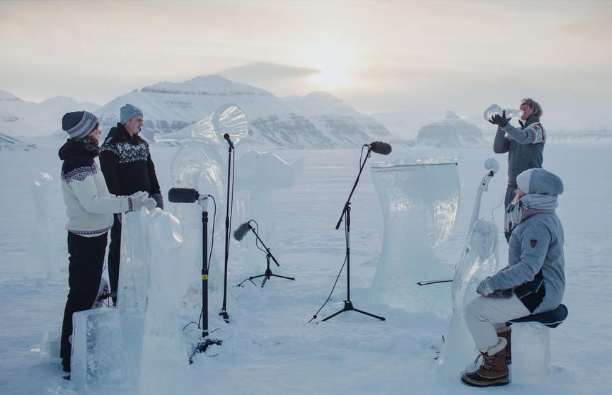 «Ледяная симфония»: норвежские музыканты сыграли в защиту океана