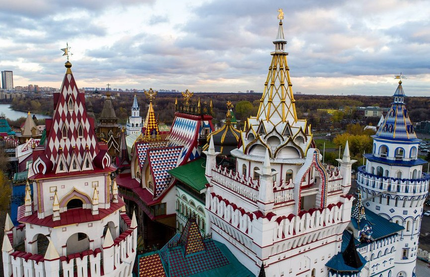 Пожар потушен: музейный комплекс Измайловского  кремля загорелся на востоке Москвы