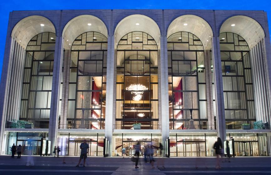 Бесплатно в театр: американским чиновникам предлагают культурно просветиться на время шатдауна