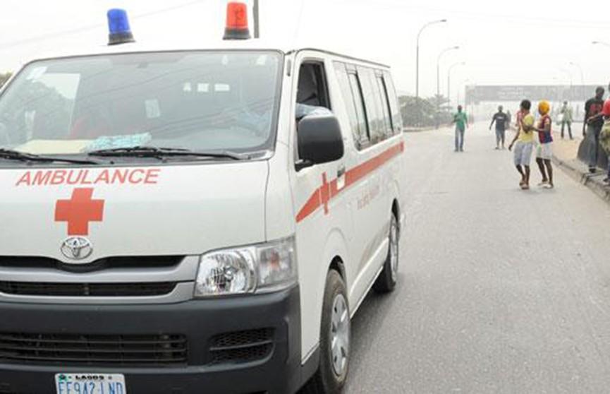 Пассажирский автобус разбился в Нигерии, десятки жертв