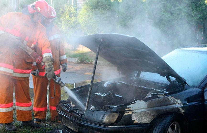 Как вести себя при пожаре в автомобиле? Рассказали в МЧС