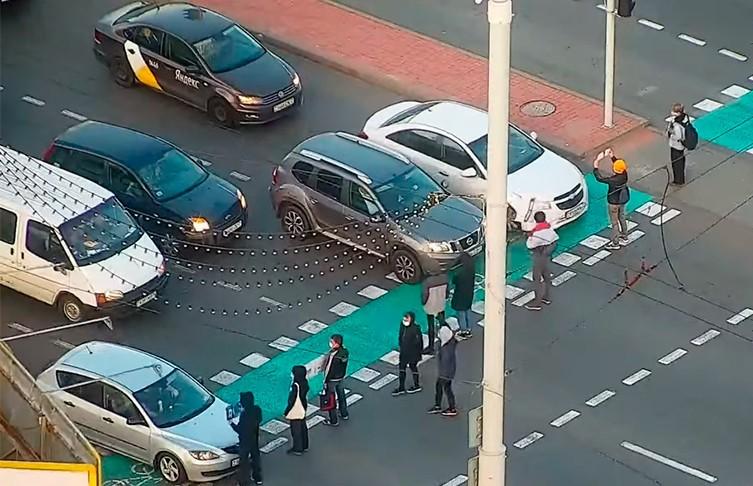 В Минске неизвестные блокировали дорожное движение. Водители дали отпор