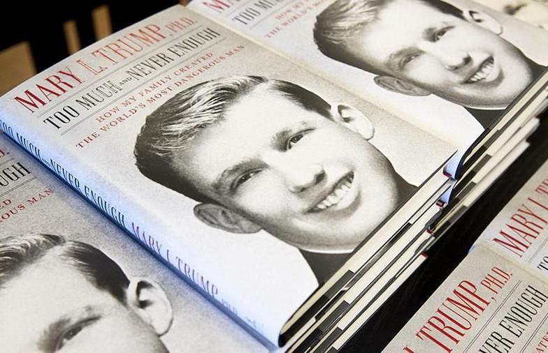 Скандальная книга племянницы Трампа за день побила рекорд по продажам и обошла мемуары Болтона