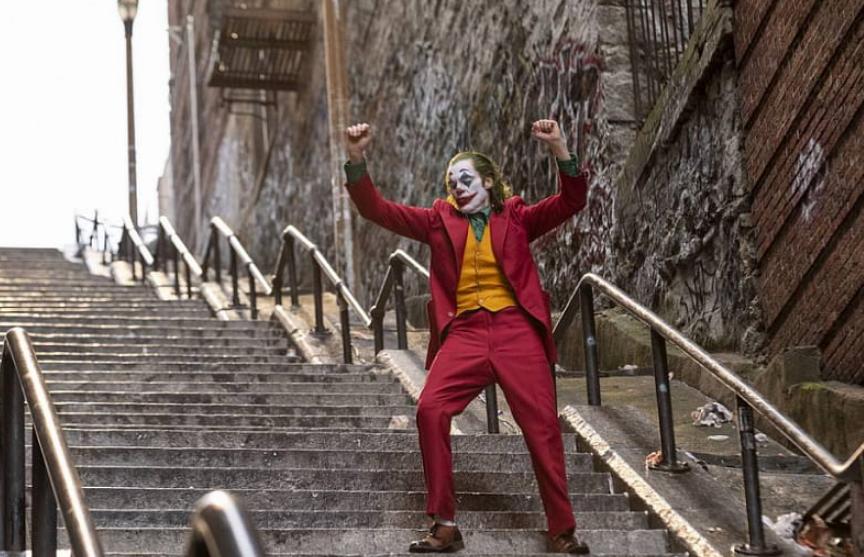 Жителю Нью-Йорка удалось заснять танцующего Хоакина Феникса в роли Джокера