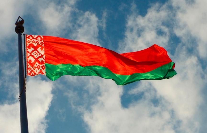 Александр Лукашенко подписал распоряжение о поддержке одарённых учащихся и студентов
