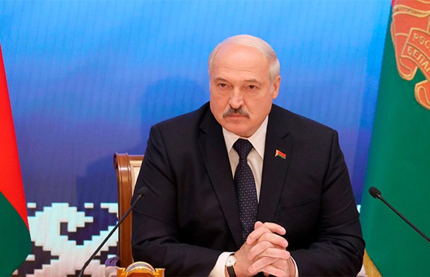 Лукашенко рассказал о подробностях выезда Тихановской в Литву