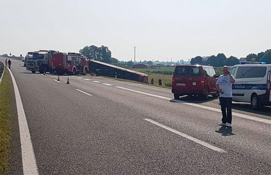 Трагедия в Хорватии: восемь человек погибли в ДТП с автобусом