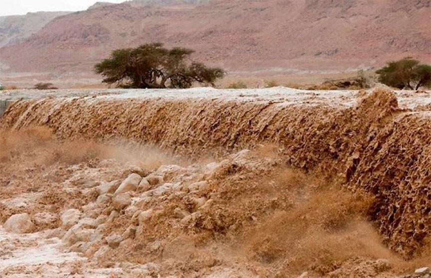 70 человек стали жертвами наводнения на востоке Афганистана