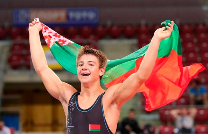 Белорусские борцы завоевали четыре медали на юношеском чемпионате мира в Софии