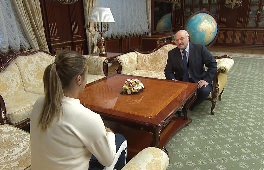 Александр Лукашенко встретился с белорусской теннисисткой Ариной Соболенко