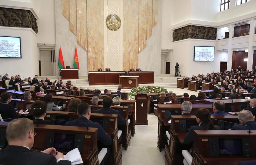 Лукашенко о развитии Беларуси: Через терни санкций мы вышли к намеченным целям