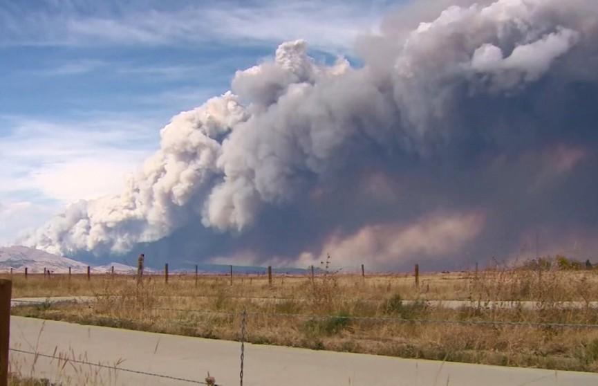 В Колорадо пытаются потушить самый крупный пожар за всю историю штата