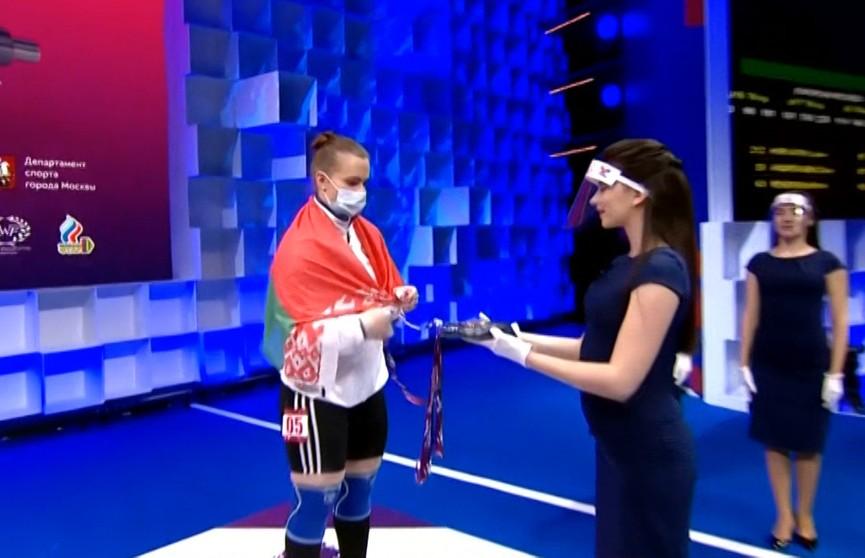 Белоруска Дарья Наумова завоевала бронзовую медаль на Чемпионате Европы по тяжелой атлетике