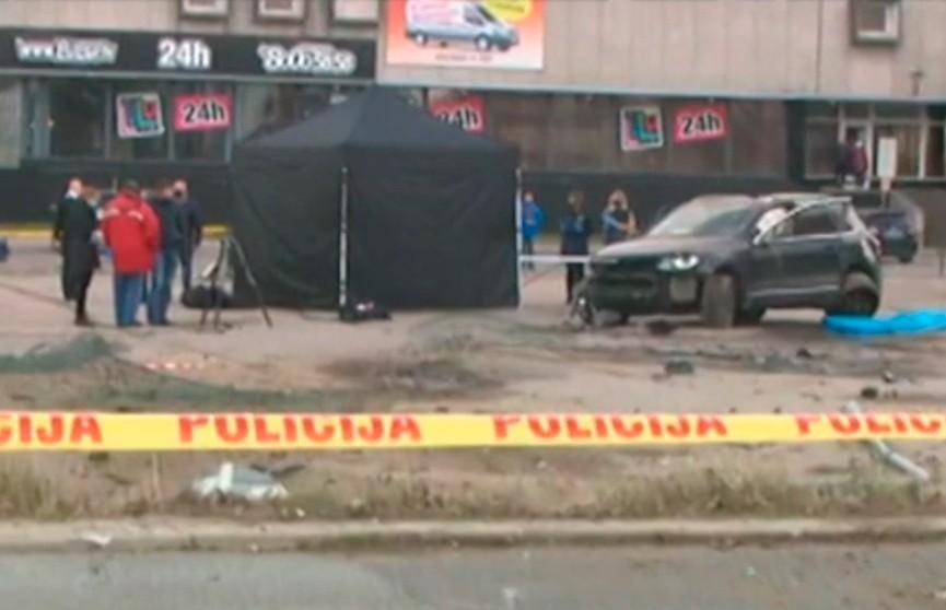 В Риге неизвестные расстреляли мужчину в его собственном автомобиле