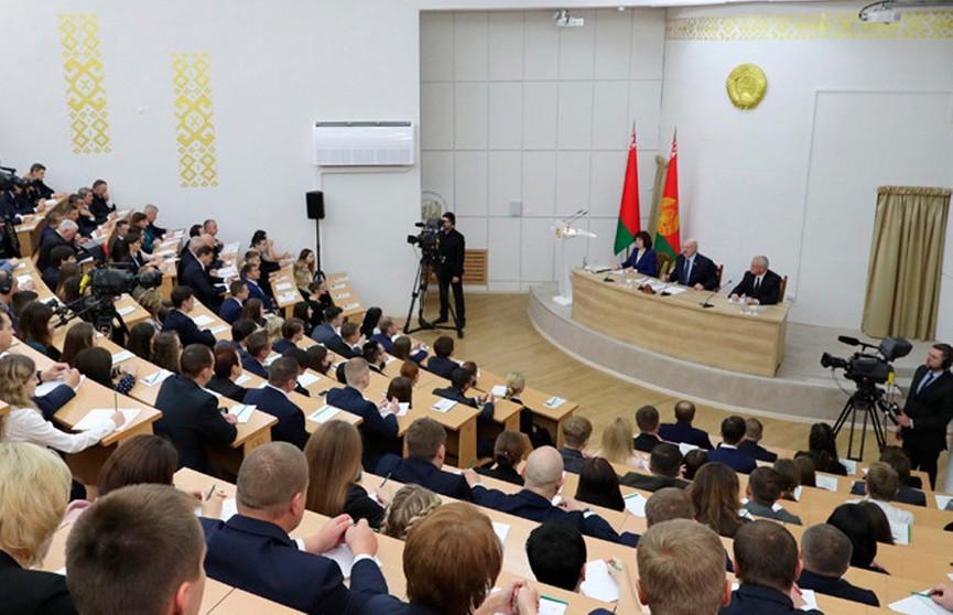 Лукашенко рассказал, как предлагал Клинтону пост в Союзном государстве