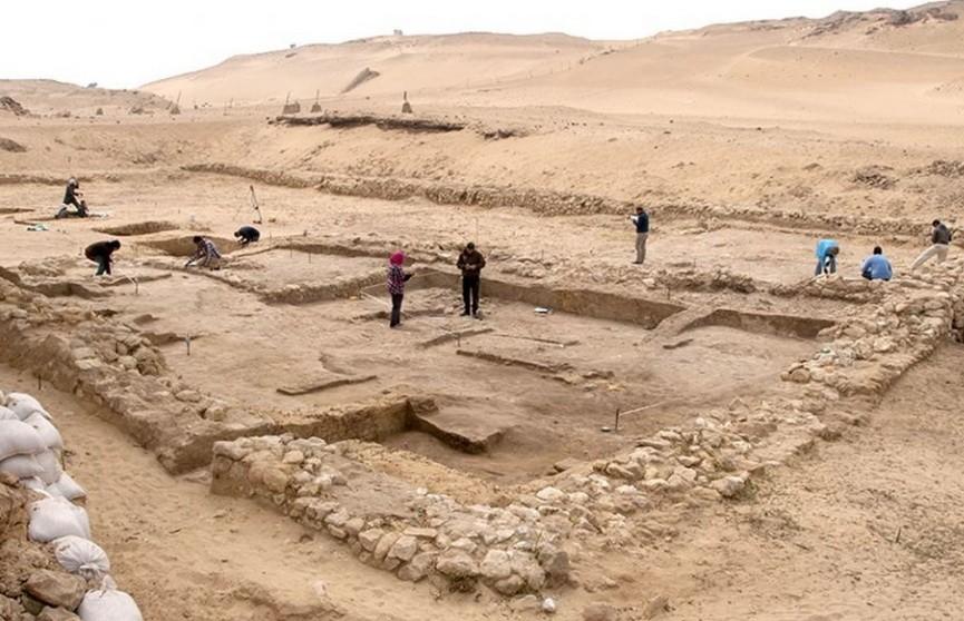 В Египте нашли оборудование для строительства пирамид