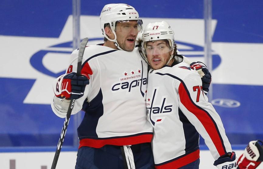 Две голевые передачи Овечкина помогли «Вашингтону» победить «Баффало» в матче NHL