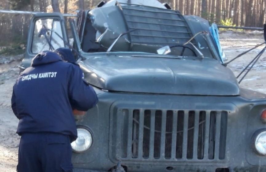 Провисший провод ЛЭП срезал кабину грузовика: водитель скончался