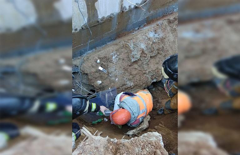 Мужчину придавило бетонной плитой на стройке в Минске: он погиб