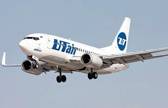Лайнер авиакомпании «ЮТэйр» столкнулся со стаей птиц и вернулся в аэропорт Внуково