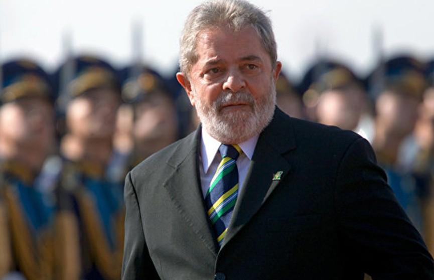 Бывший президент Бразилии, ныне сидящий в тюрьме, собирается выдвинуть свою кандидатуру на новых выборах