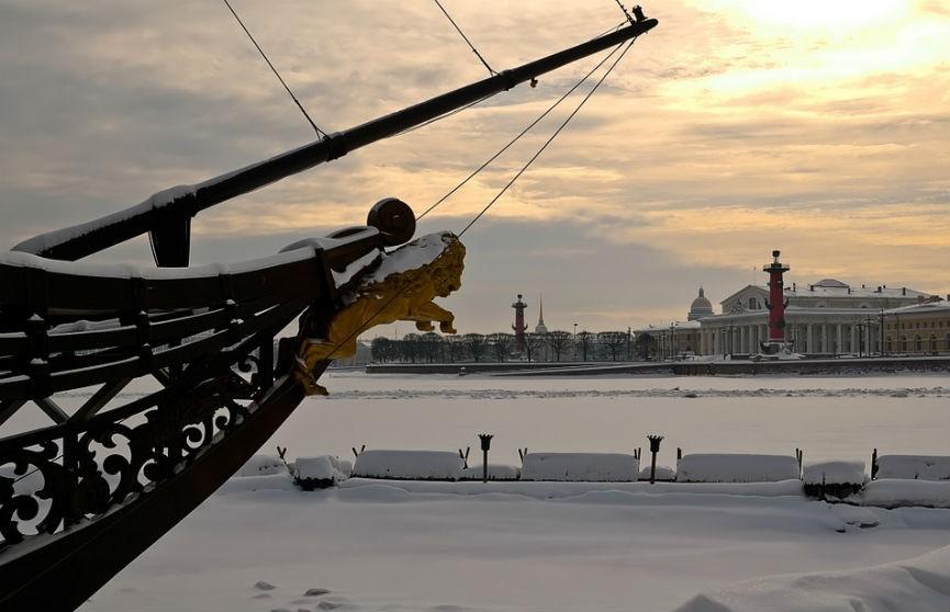Власти Санкт-Петербурга просят туристов не приезжать на Новый год