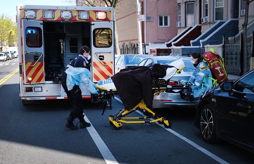 Число жертв коронавируса в США превысило 200 тыс. человек