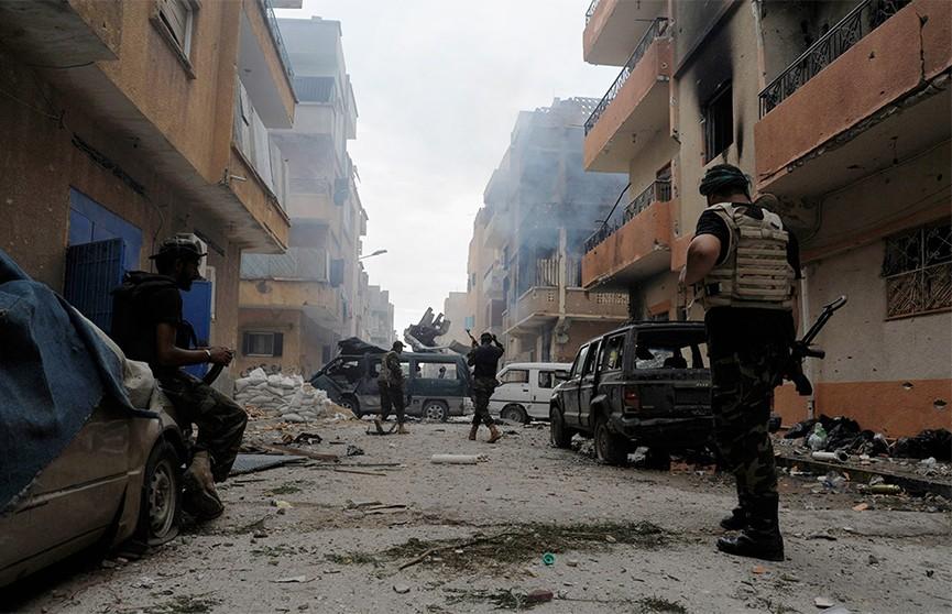 Евросоюз призывает к перемирию стороны вновь разгоревшейся гражданской войны в Ливии