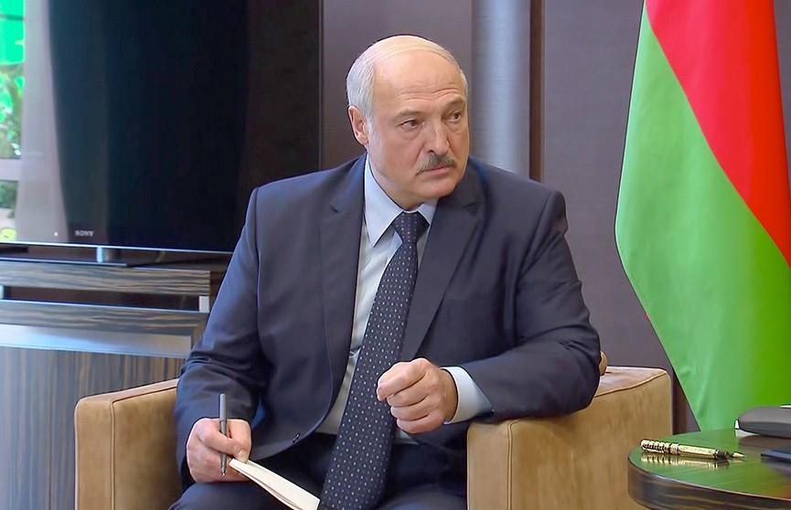 Итоги встречи Лукашенко и Путина в Сочи обсуждают в экспертном сообществе