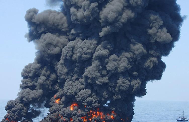 В Нигерии на нефтяном месторождении произошел взрыв