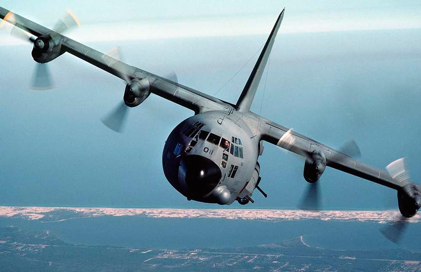 Крушение военного самолёта США: 11 человек погибли