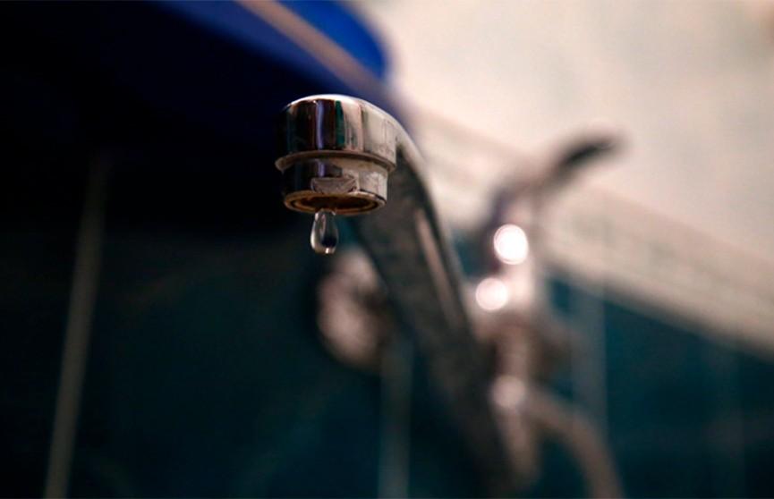 Отключение горячей воды по некоторым адресам в Минске перенесли с начала на конец мая