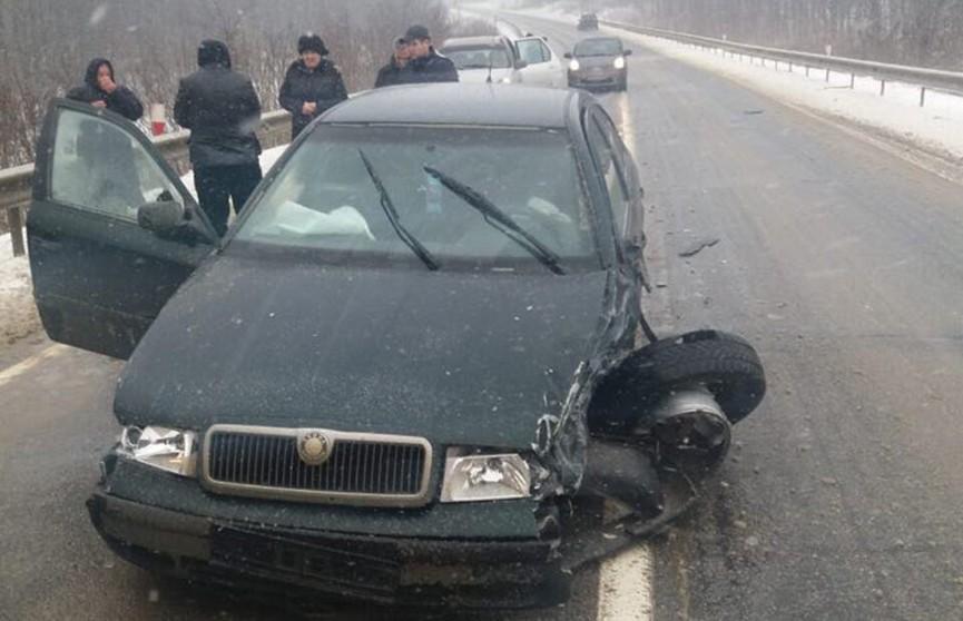 В кортеж президента Молдовы врезался автомобиль