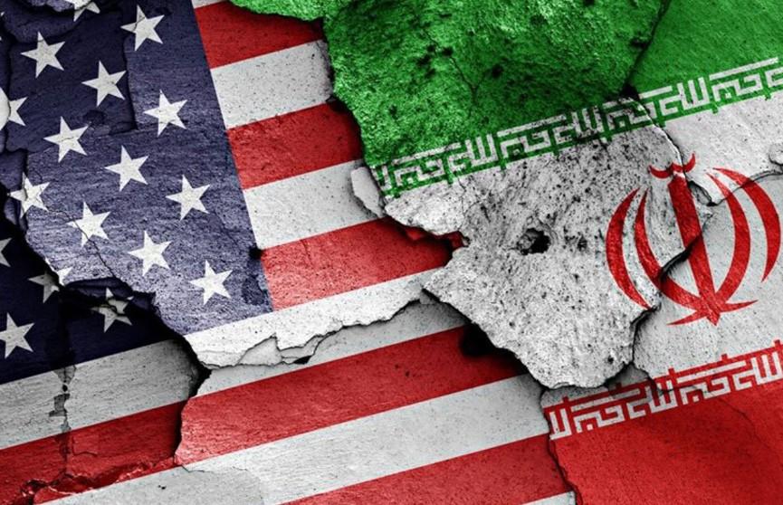 Вашингтон возобновляет санкции против Тегерана