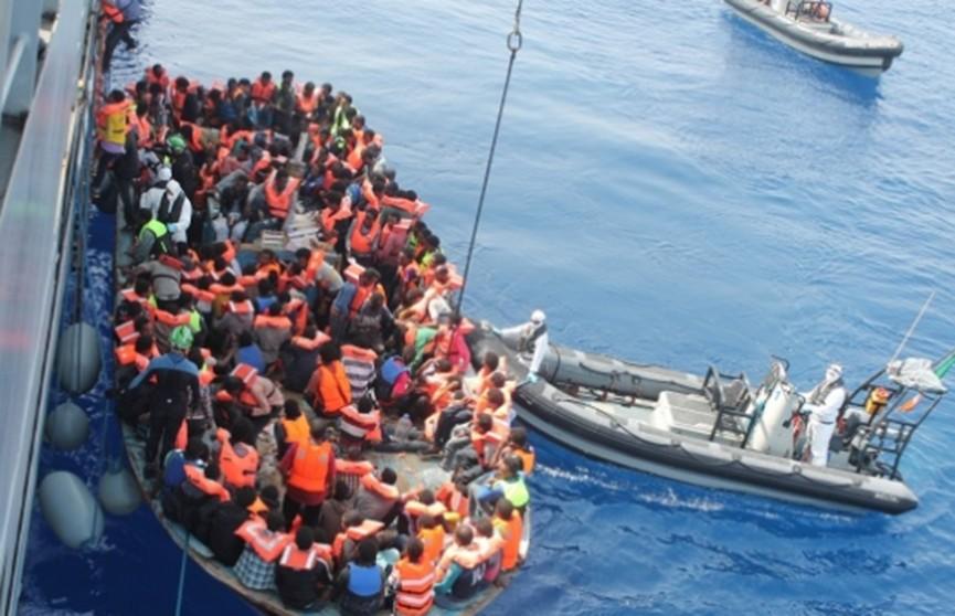 700 нелегальных мигрантов обнаружили у берегов Испании