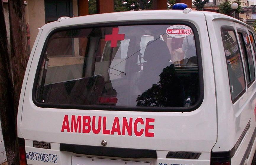 В Индии автобус столкнулся с грузовиком: погибли 15 человек