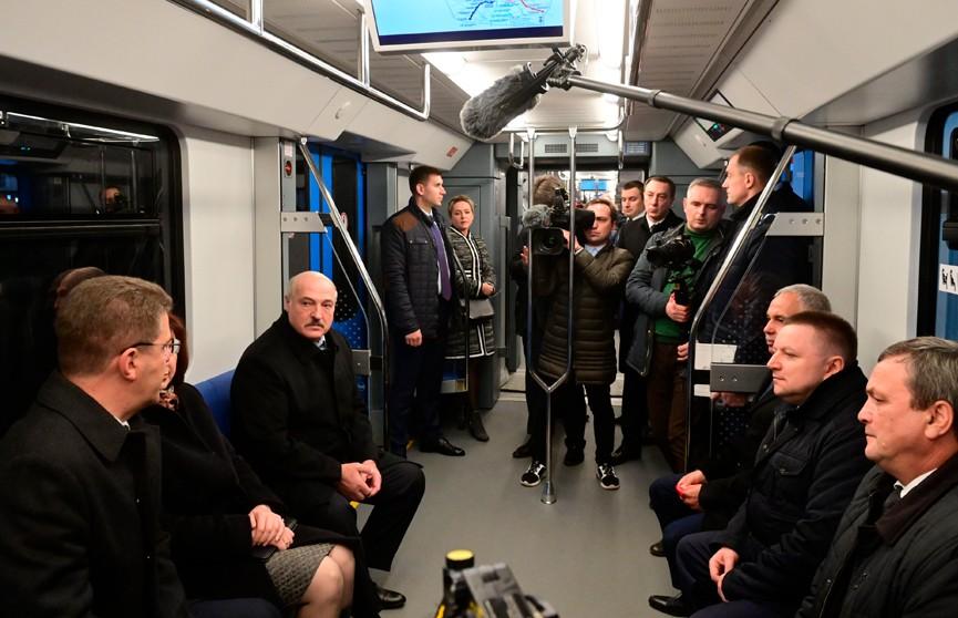 Лукашенко принял участие в открытии третьей линии минского метро