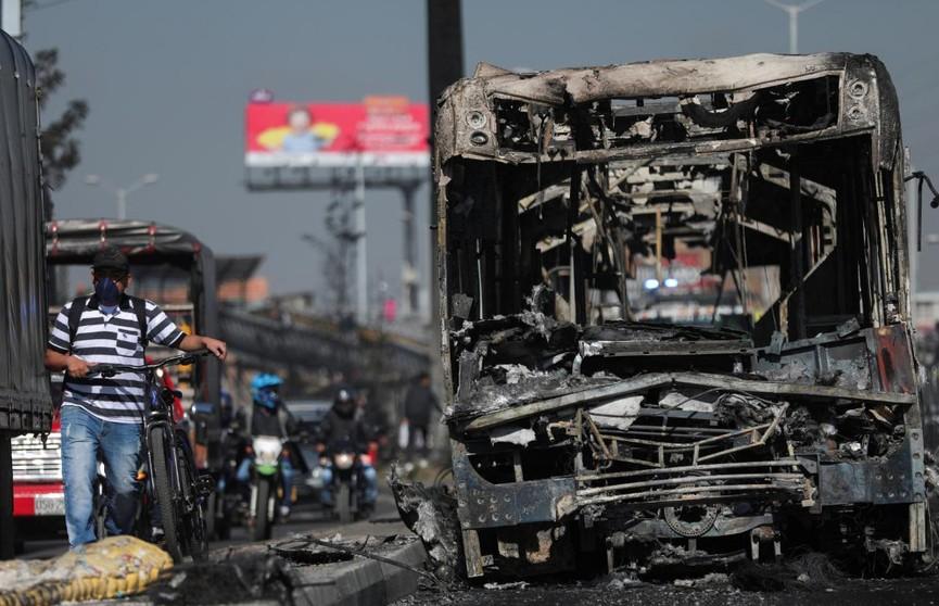 Беспорядки в Колумбии: есть погибшие на улицах