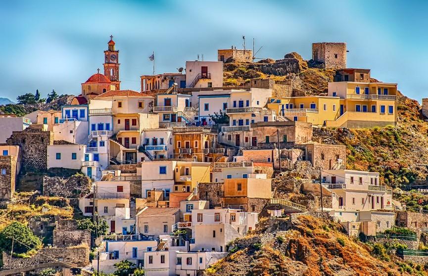 В Греции введут локдаун из-за коронавируса