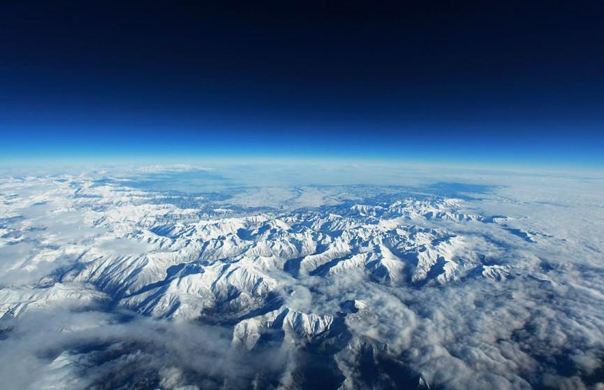 Альпы начали накрывать пледами для предотвращения экологической катастрофы