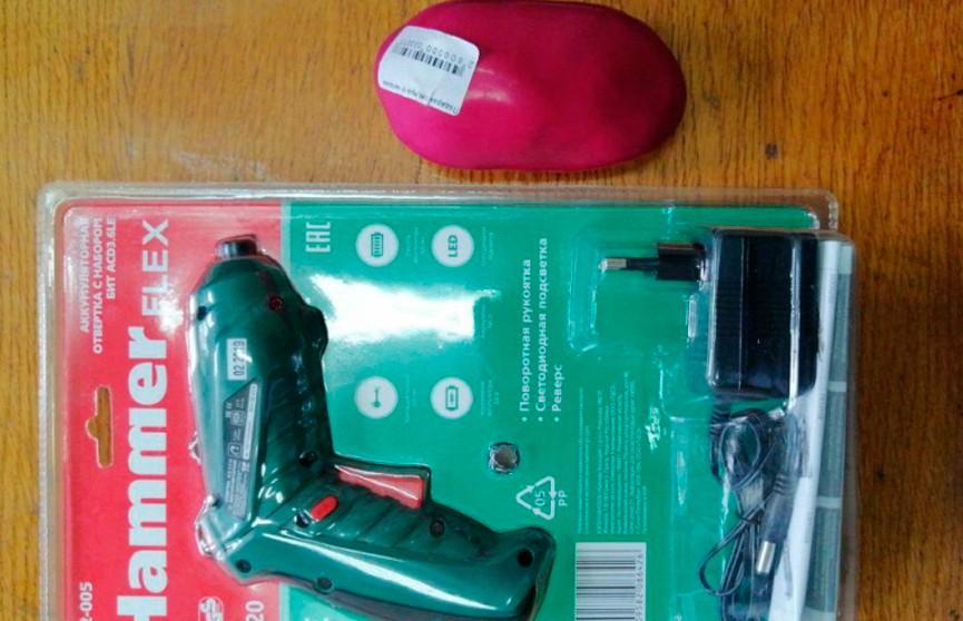 А в подарок игрушка-антистресс: интернет-мошенники наживались на желании белорусов купить товары за полцены