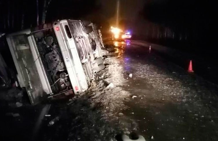 ДТП с белорусским автобусом под Псковом: 24 человека обратились за медпомощью, 9 – в больнице