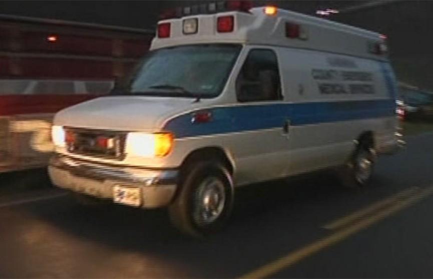 Самолёт упал на бейсбольное поле в США, есть пострадавшие