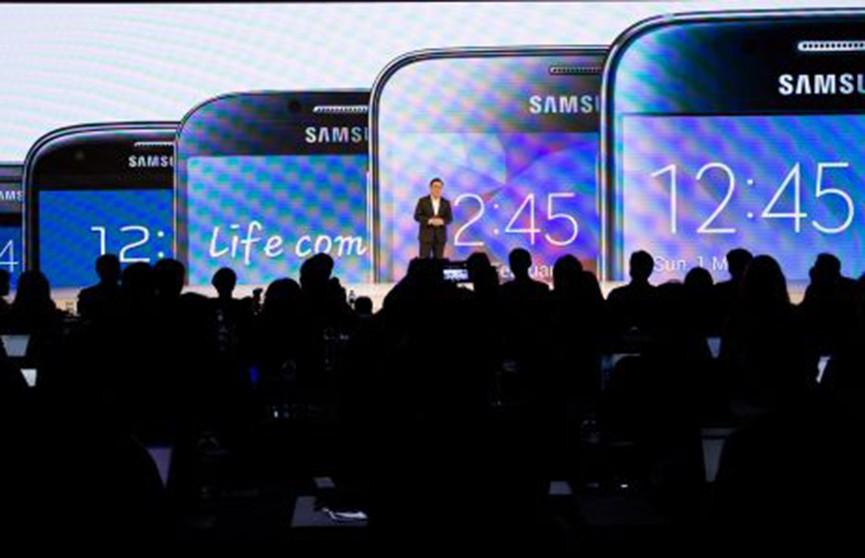 Samsung может представить гибкий смартфон уже в этом году