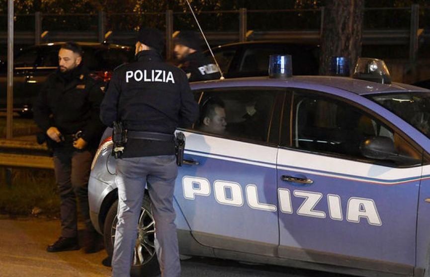 В центре Рима произошла драка футбольных фанатов, есть пострадавшие