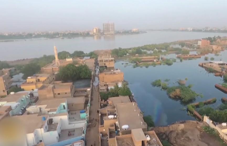 Из-за разлива Нила в Судане погибли сотни людей, объявлено чрезвычайное положение